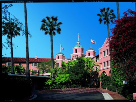 cn_image_0.size.beverly-hills-hotel-and-bungalows-beverly-hills-california-102926-1